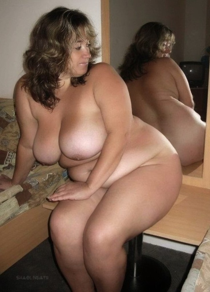 Семья голые пышные зрелые русские женщины уборщица