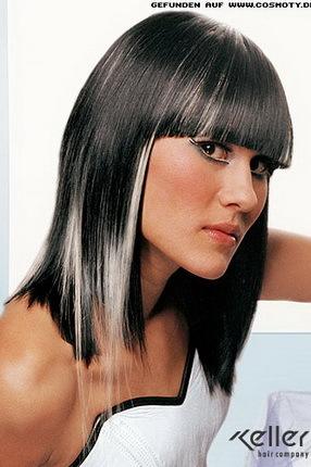 черные волосы с белыми прядями фото