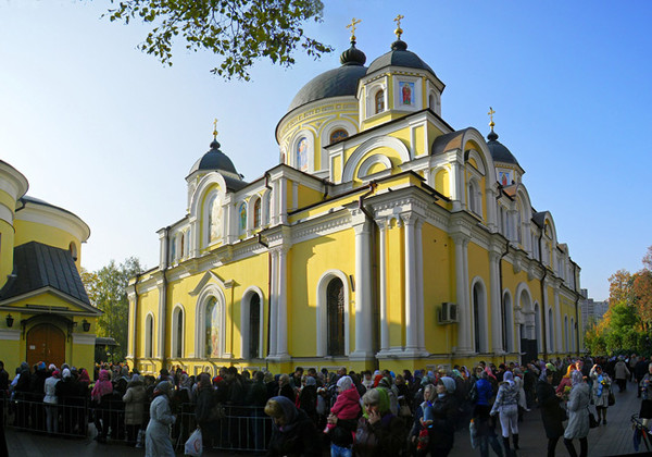 встречаются церковь святой матроны москва намочить немного положить