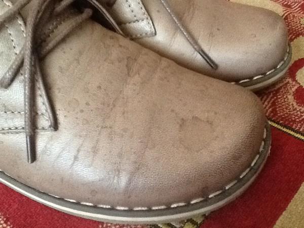 Как очистить жирные пятна с обуви фото
