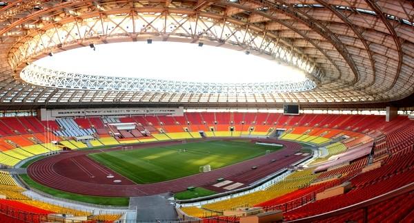 стадионе «Лужники» .
