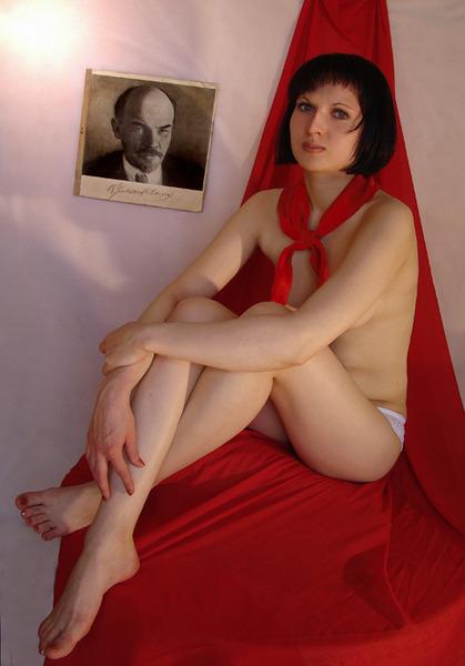голые пионерки и комсомолки в колготках фото