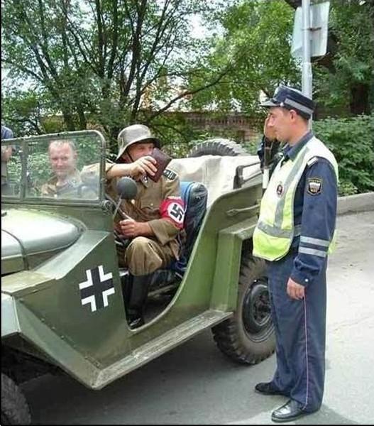 Немцы смешные картинки с надписями