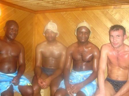 негритянки в бане фото