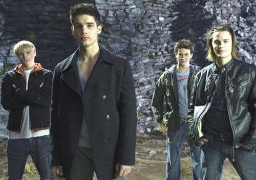 ответы Mailru фильм где в начале 4 парней прыгают с горы