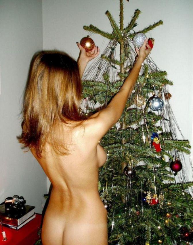голая новогоднее украшение - 3