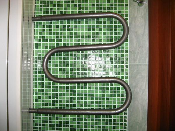 Чем покрасить полотенцесушитель в ванной