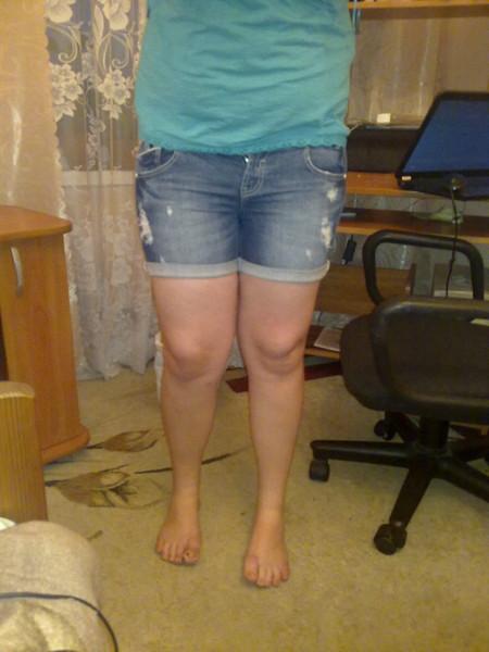 толстые ноги девушек фото стояла