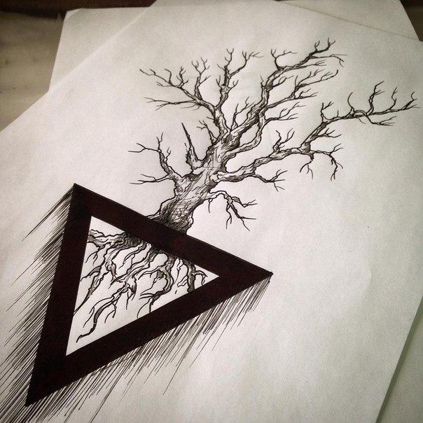 значение татуировки дерево в треугольнике