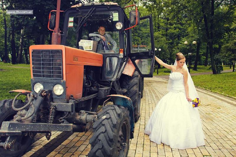 фото доярка и тракторист