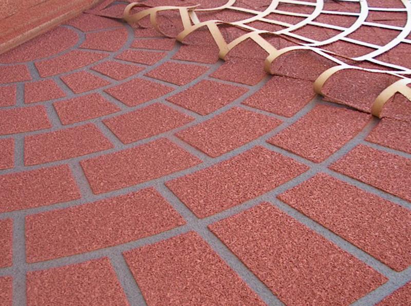 имитация тротуарной плитки на бетоне