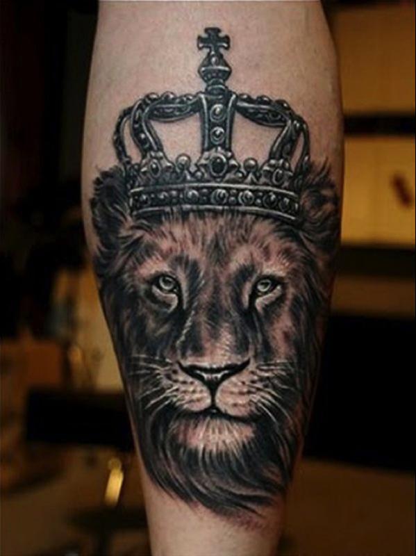 Тату корона со львом фото