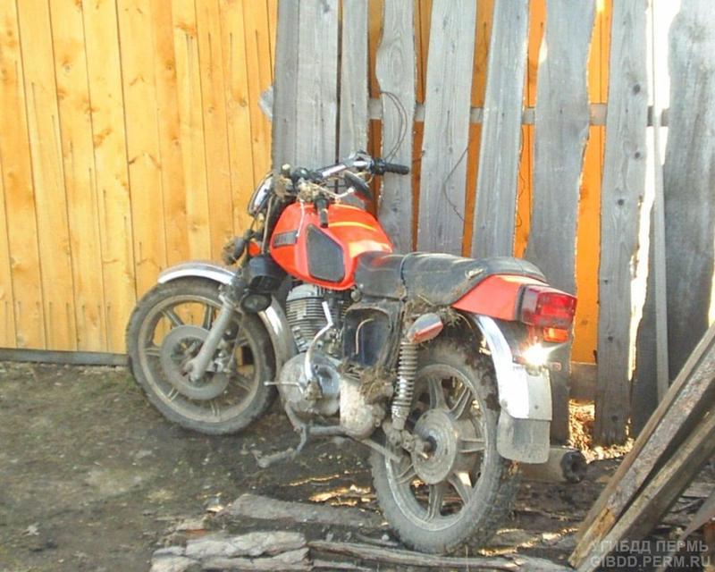 разбитые мотоциклы иж планета фото