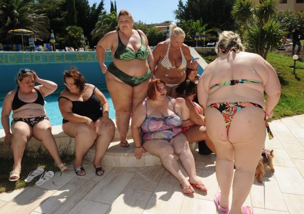фото мая толстуха на пляже поэтому собрали подборку