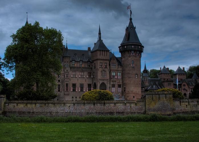устанавливает аналоги фото мрачных замков просто