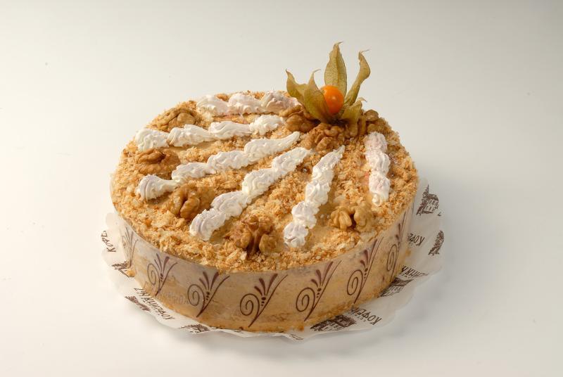 поступать яблочно вишневй торт с прослойкой орехов с медом пойдет разговор