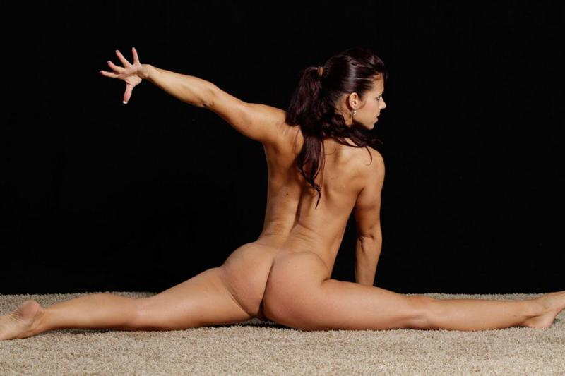 Nudist contortionist