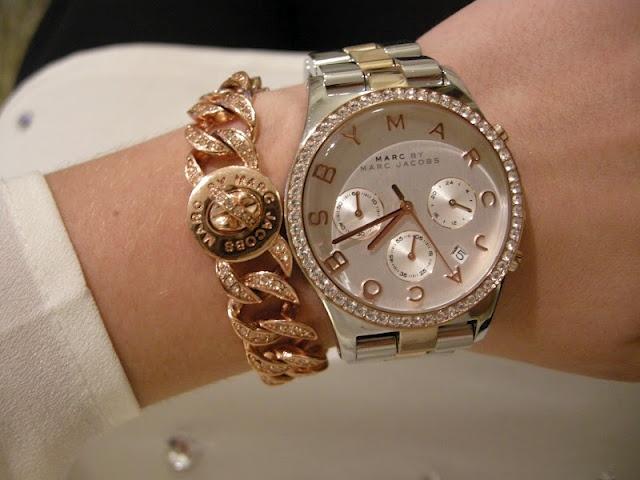 Какие часы сейчас модные